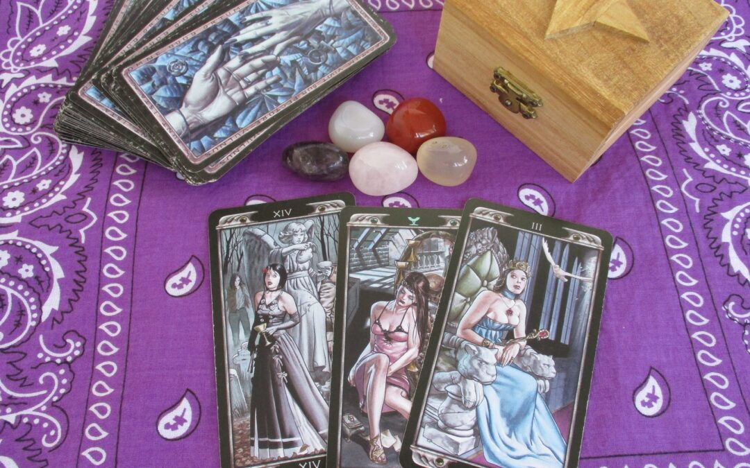 10 Steps On How To Read The Tarot